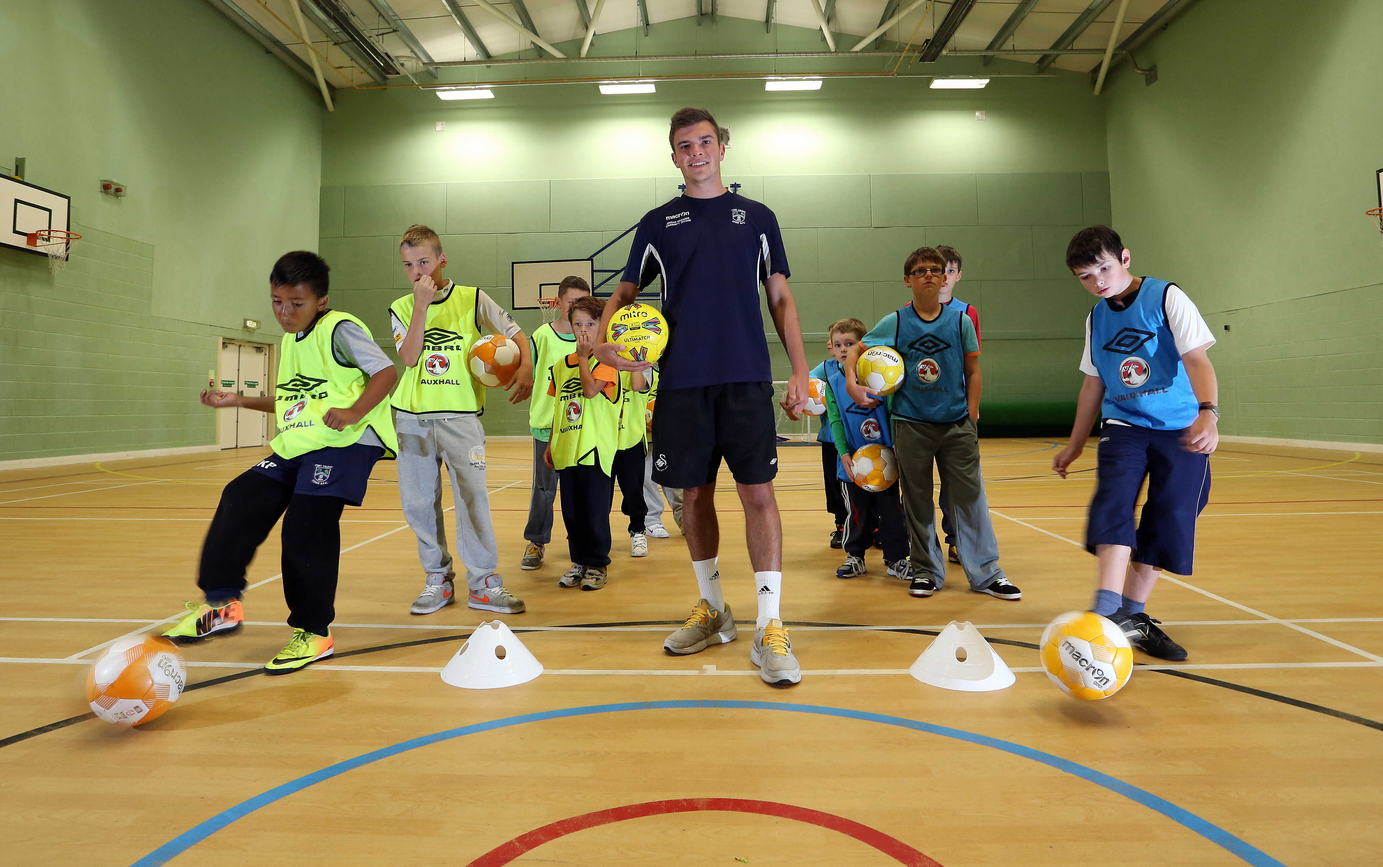 FAW Fun Football encourages Sandfield pupils off the sofa