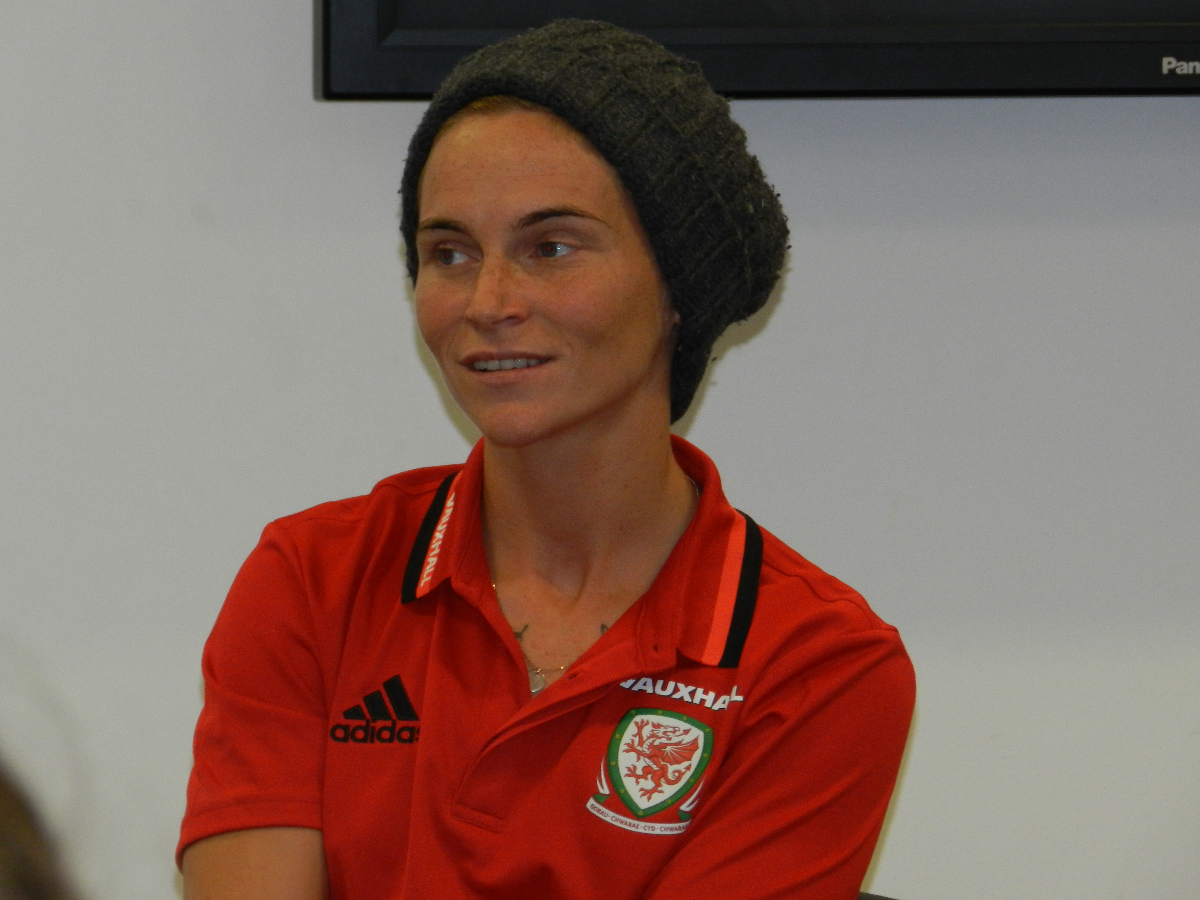 Jess Fishlock Q&A: Wales women's superstar passes on advice to U15 Girls squad