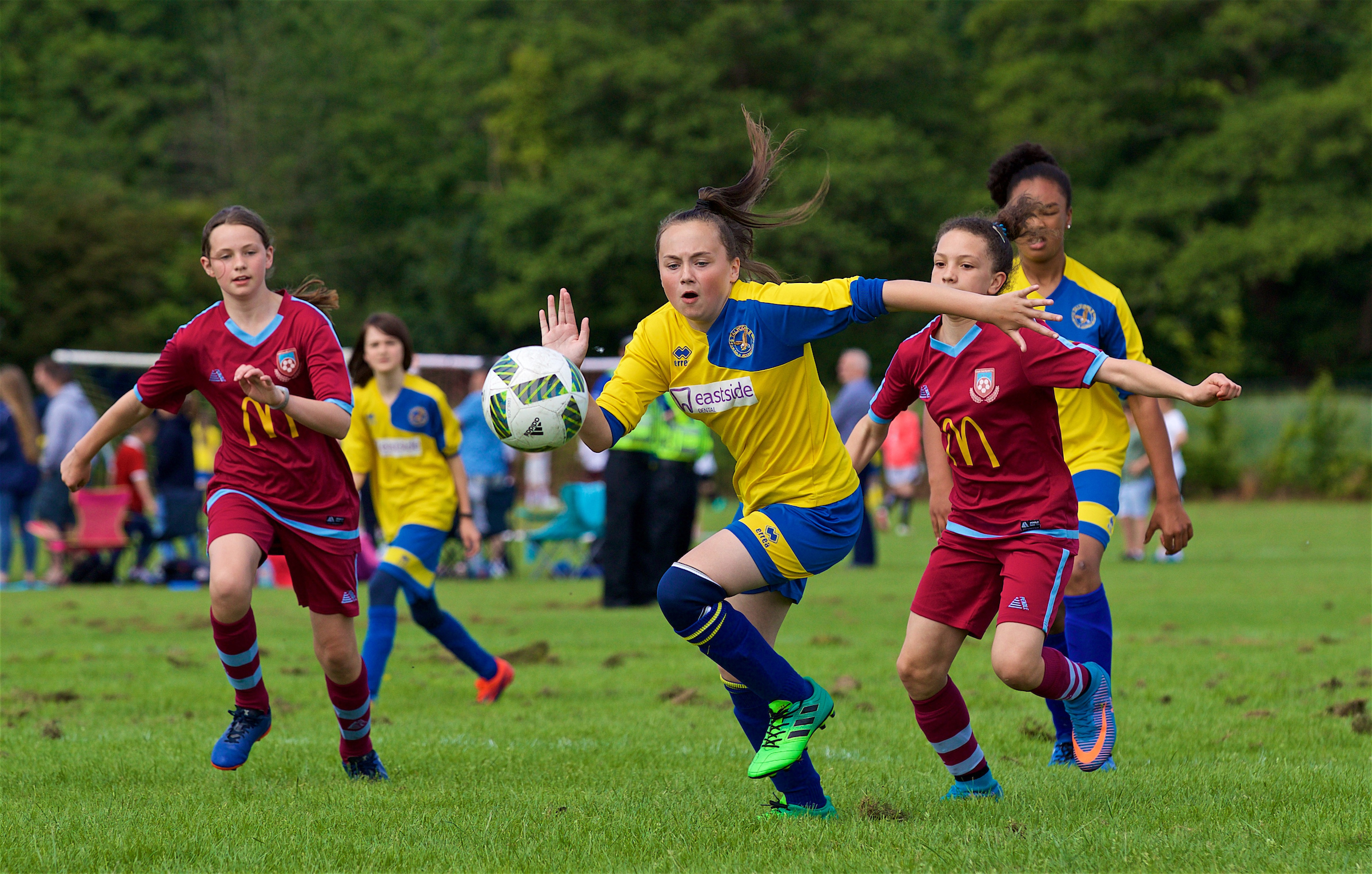 Girls football participation rises by 17% in Wales