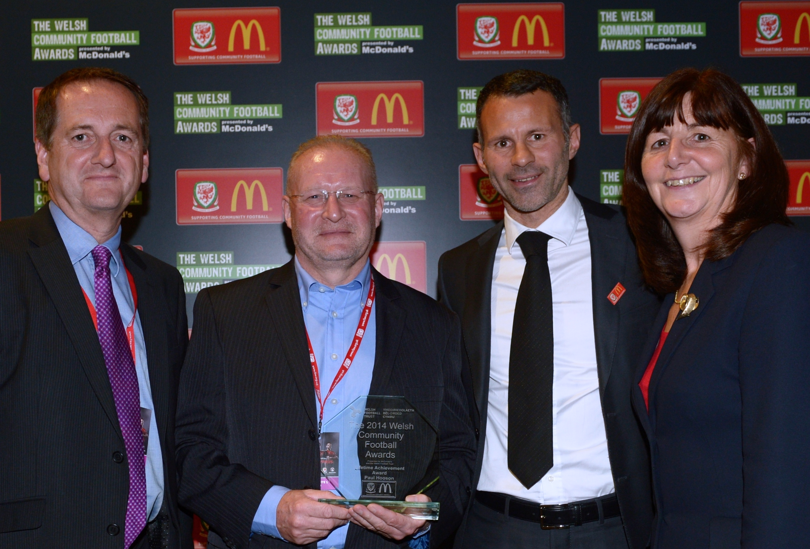 WREXHAM FOOTBALL HERO COLLECTS NATIONAL FOOTBALL AWARD