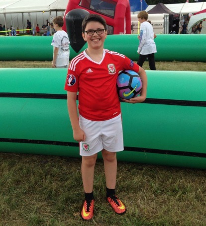 Eisteddfod 2016 kicks off with fun football on the Maes