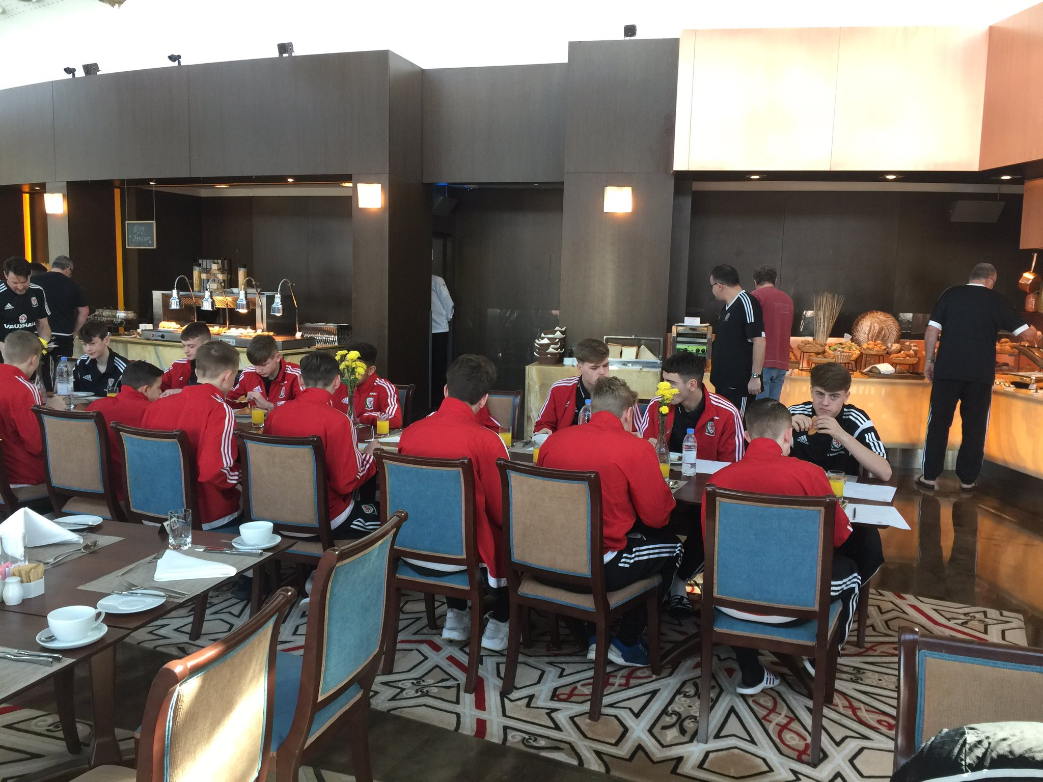 Wales U15 Boys Squad arrive in Qatar