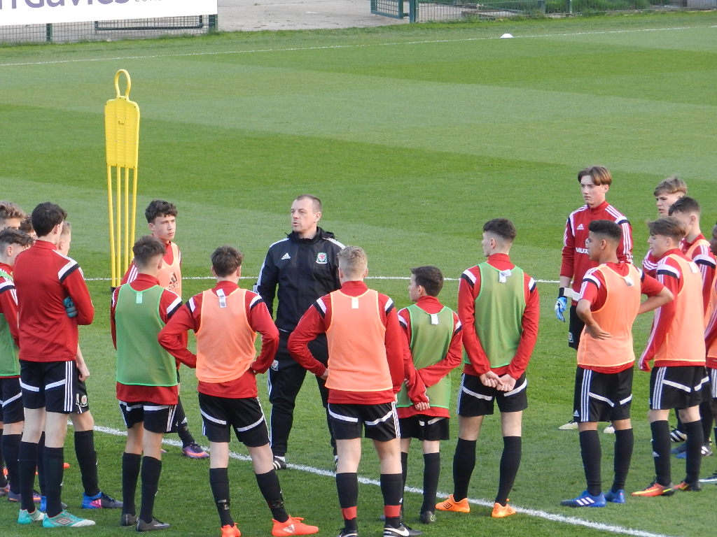Heres The Wales U16 Boys Squad Selected For Summer Training Here39s A Breadboardlook Of How It39s Hooked Up Camp Faw Trust